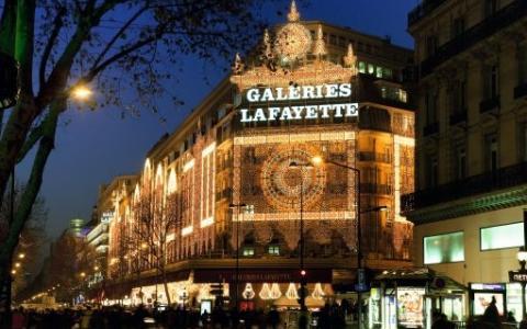 Meilleures offres hotels Paris à Noel : une idée séduisante
