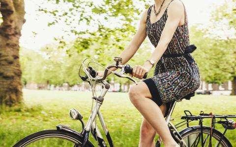 Loin du trafic, découvrez Paris en vélo