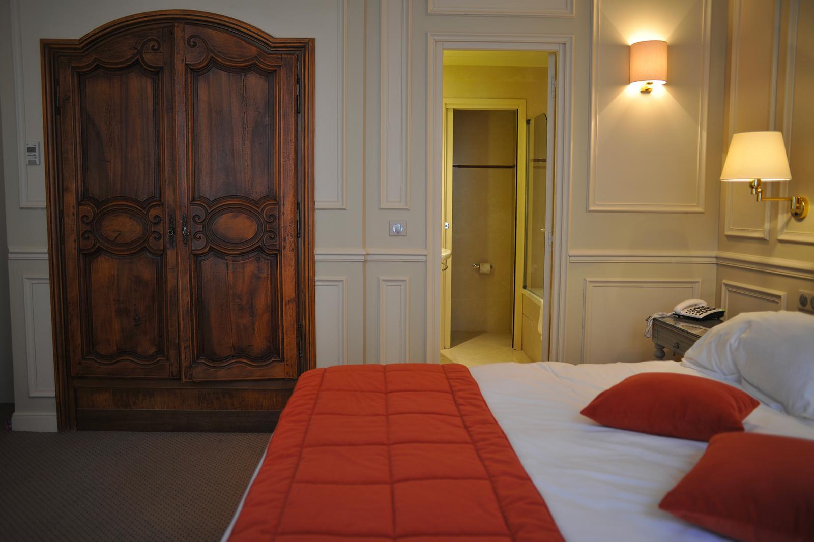 Best Chambre Double Superieure Definition Pictures - Antoniogarcia ...